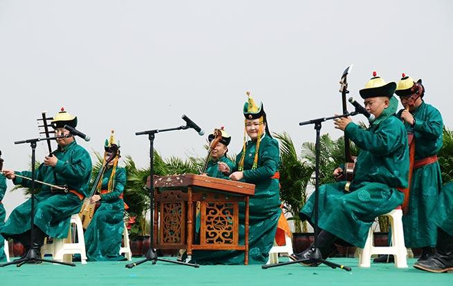 2018成吉思汗查干苏鲁克大典那达慕开幕