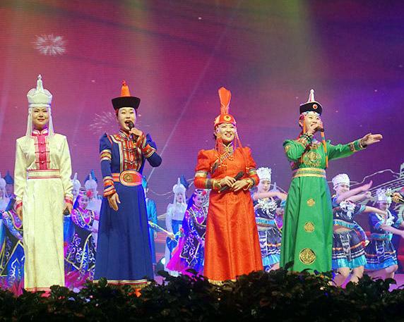 内蒙古自治区第二届乌兰牧骑新人新作比赛举行